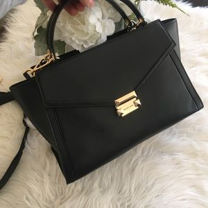 New Michael Kors Large Whitney black satchel